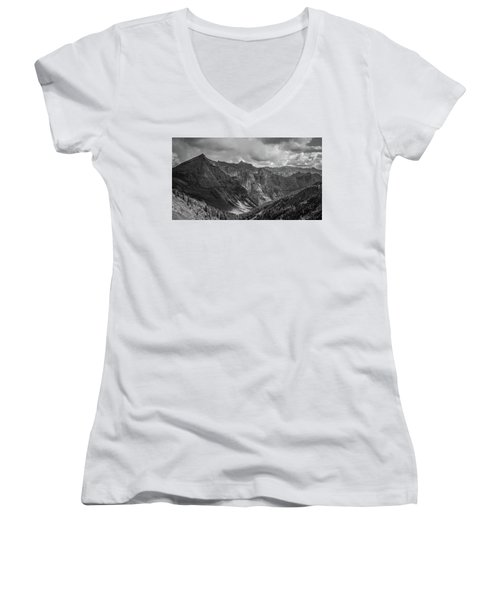 High Country Valley Women's V-Neck