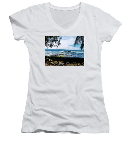 Hilo Bay Dreaming Women's V-Neck (Athletic Fit)