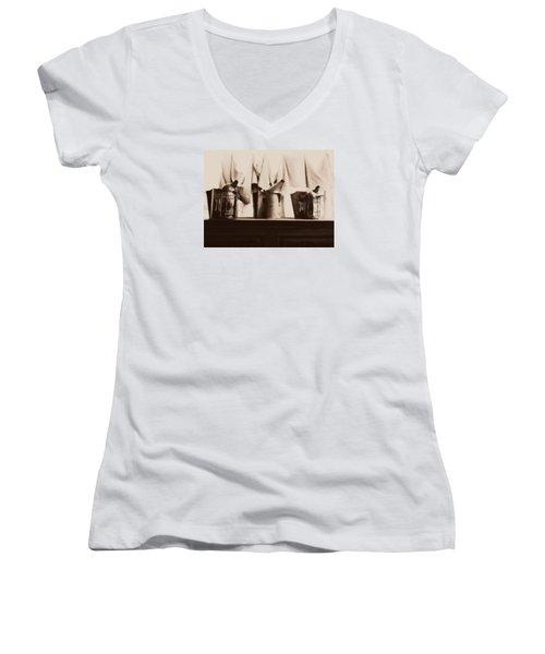 Honeybee Smokers Women's V-Neck T-Shirt