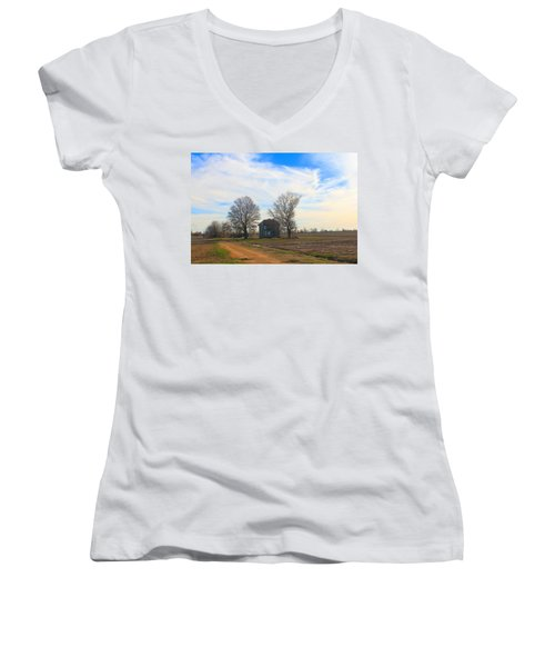 Hwy 8 Old House 2 Women's V-Neck T-Shirt