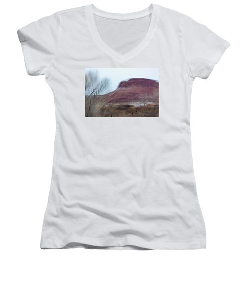 Indian Creek Winter Women's V-Neck (Athletic Fit)