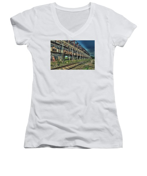 Industrial Archeology Railway Silos - Archeologia Industriale Silos Ferrovia Women's V-Neck (Athletic Fit)