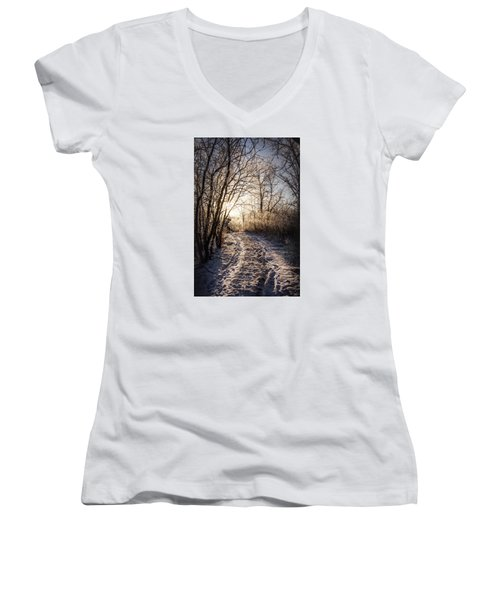 Women's V-Neck T-Shirt (Junior Cut) featuring the photograph Into The Light by Annette Berglund