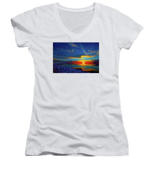 Island Sunset Women's V-Neck