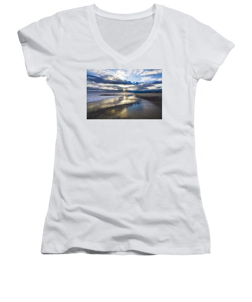Jetty Four Sunset Women's V-Neck T-Shirt
