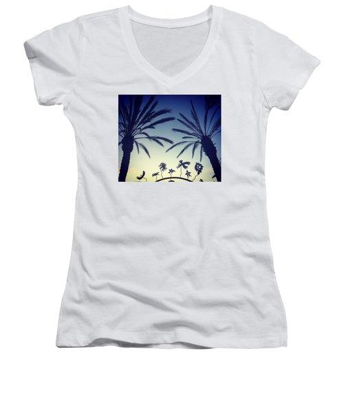Kalifornia Women's V-Neck T-Shirt