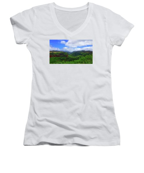 Kauai Mountains Women's V-Neck