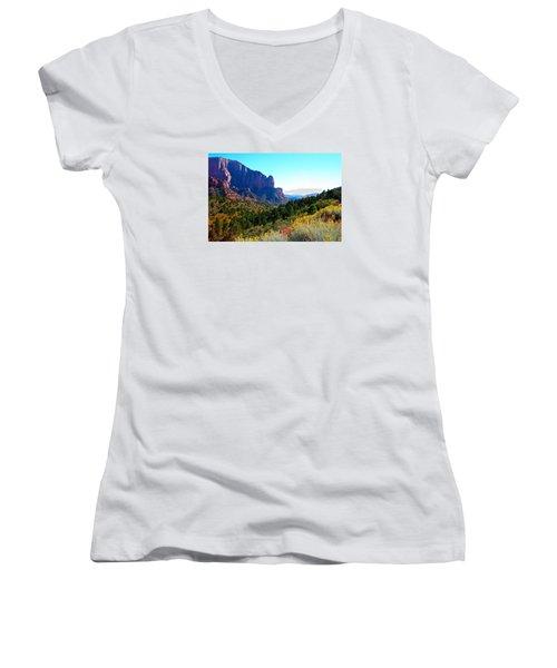 Kolob Canyon Women's V-Neck T-Shirt