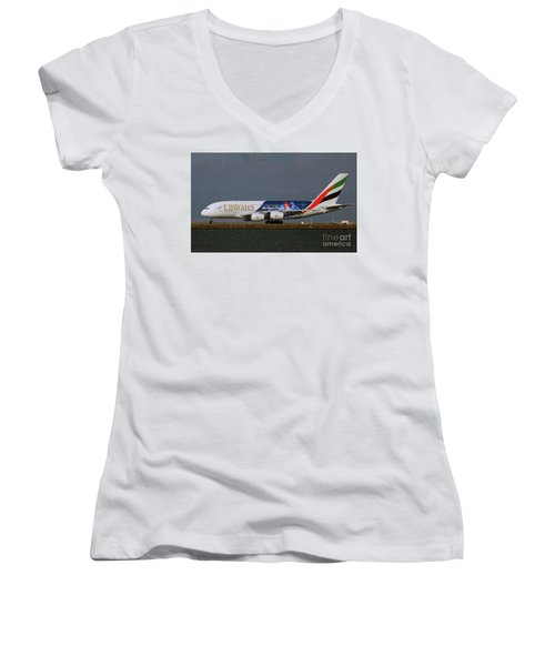 La Dodgers A380 Ready For Take-off At Sfo Women's V-Neck T-Shirt