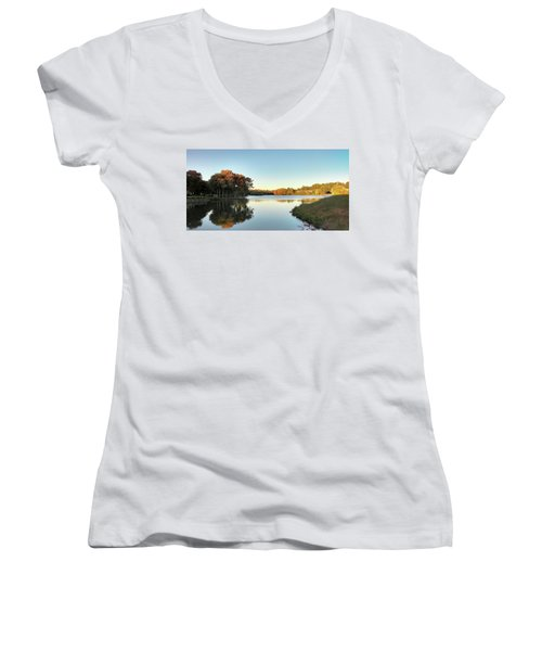 Lake Women's V-Neck