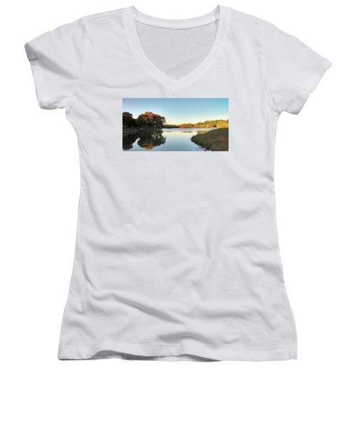 Lake Women's V-Neck