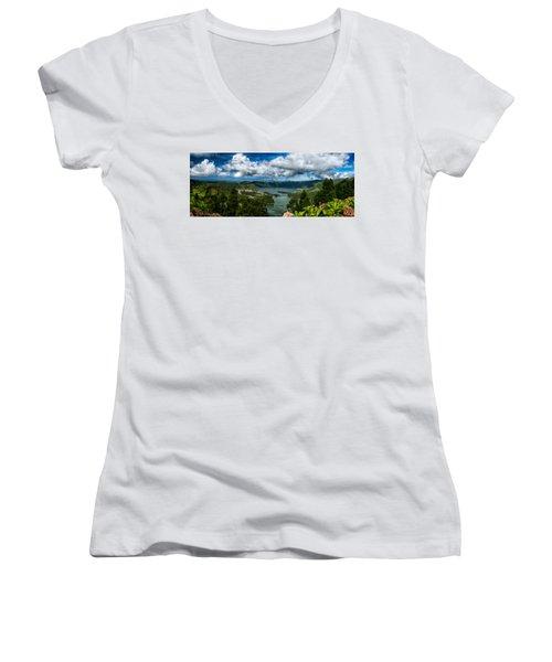 Landscapespanoramas015 Women's V-Neck