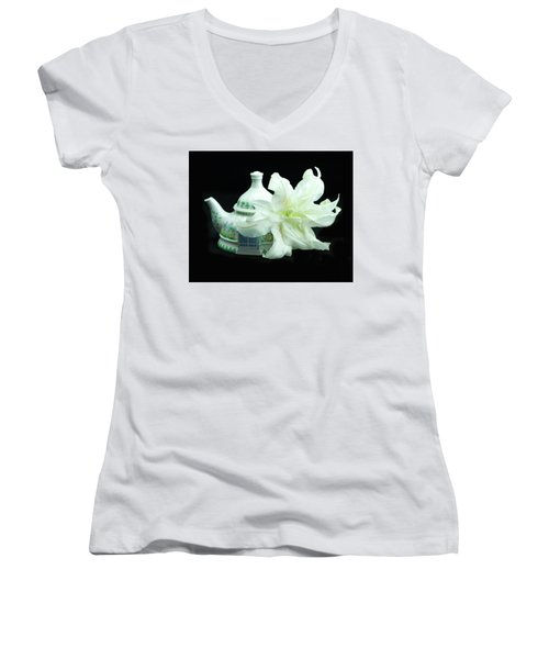 Lily And Teapot Women's V-Neck (Athletic Fit)