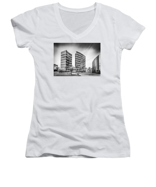 Lima Buildings Women's V-Neck