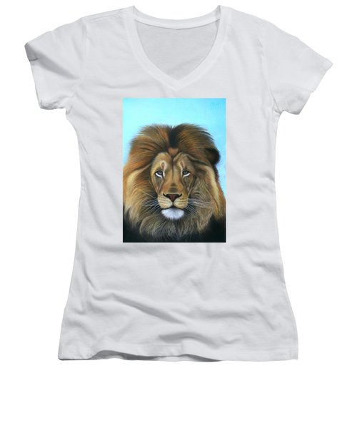Lion - The Majesty Women's V-Neck T-Shirt
