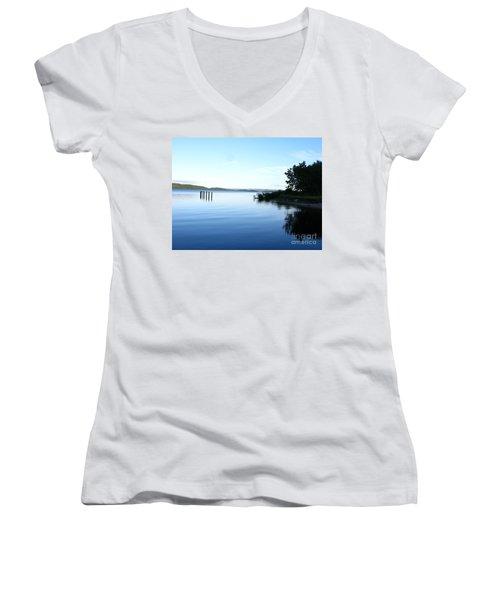 Loch Lomond Women's V-Neck T-Shirt
