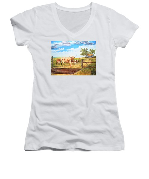 Longhorn Stand Off Your Place Or Mine Women's V-Neck T-Shirt