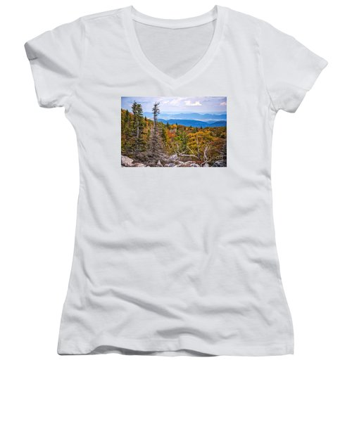 Looking East From Bear Rocks 4290c Women's V-Neck T-Shirt
