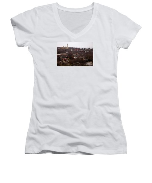 Looking North From  Lafayette And Summit. Women's V-Neck T-Shirt (Junior Cut) by David Blank