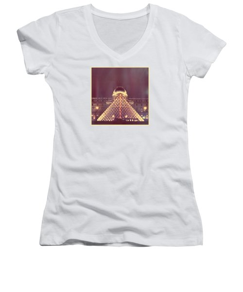 Louvre Palace And Pyramid Women's V-Neck T-Shirt (Junior Cut)
