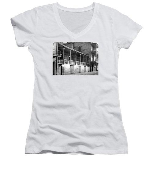 Madame John's Legacy Women's V-Neck T-Shirt