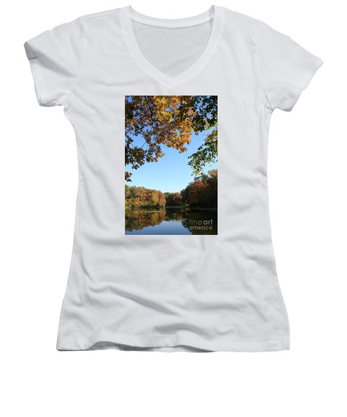 Matthiessen Lake In Autumn Women's V-Neck