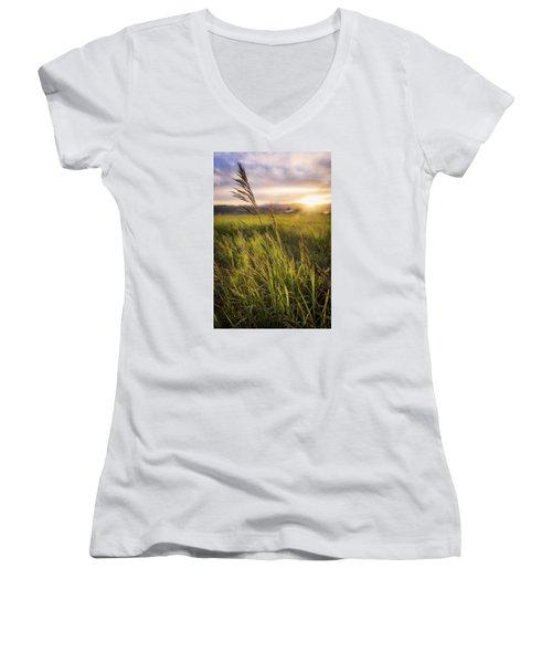 Meadow Light Women's V-Neck