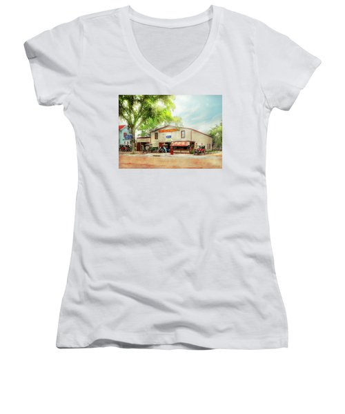 Mechanic - All Cars Finely Tuned 1920 Women's V-Neck T-Shirt (Junior Cut) by Mike Savad