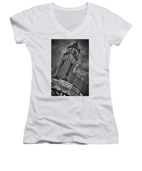 Merle Haggard Rip Fox Theater Black And White Women's V-Neck T-Shirt