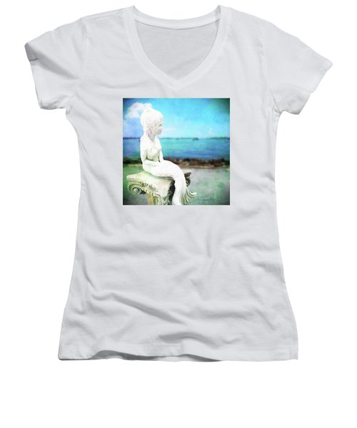 Mermaid Lisa Women's V-Neck