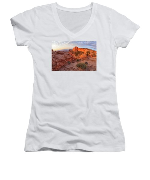 Mesa Arch Overlook At Dawn Women's V-Neck