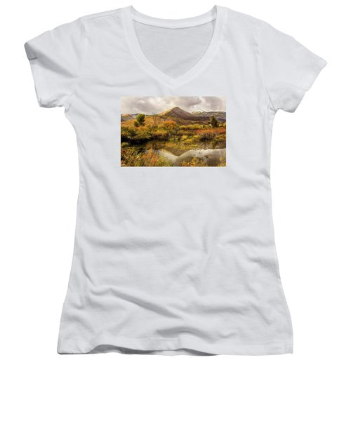 Mill Canyon Peak Reflections Women's V-Neck