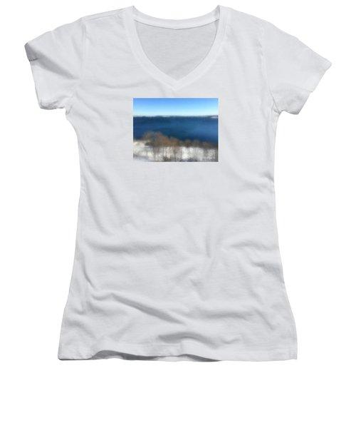 Minimalist Soft Focus Seascape Women's V-Neck T-Shirt (Junior Cut)