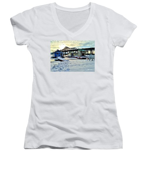 Mississippi River Boathouses Women's V-Neck (Athletic Fit)