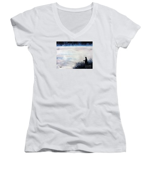 Misty Morning Photographer Women's V-Neck T-Shirt (Junior Cut) by Tom Riggs