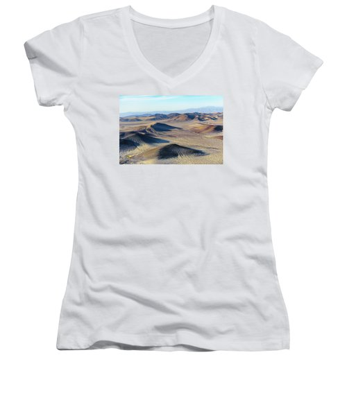 Women's V-Neck featuring the photograph Mojave Desert by Jim Thompson