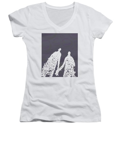 Monday In The Park With Vivian Women's V-Neck T-Shirt