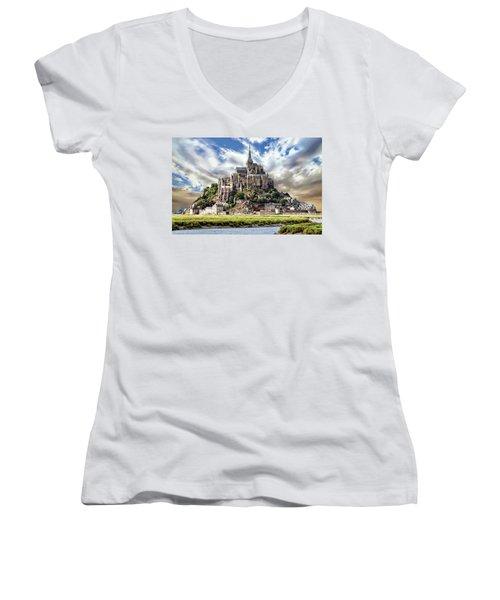 Mont Saint-michel Women's V-Neck
