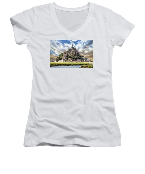 Mont Saint-michel Women's V-Neck