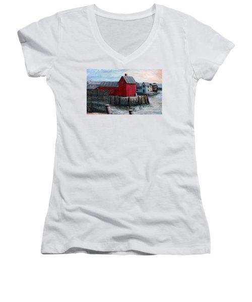 Motif No.1 Women's V-Neck T-Shirt