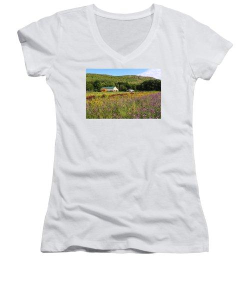 Mountain View Farm Easthampton Women's V-Neck