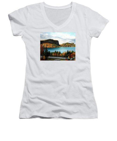 Mt. Kineo, Rockwood, Maine Women's V-Neck T-Shirt