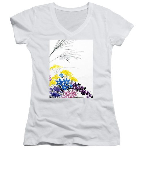 Nanakusa/ Autumn Seven Sisters Women's V-Neck T-Shirt