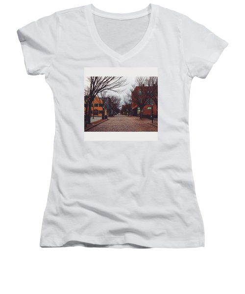 A Christmas Morning Downtown  Women's V-Neck