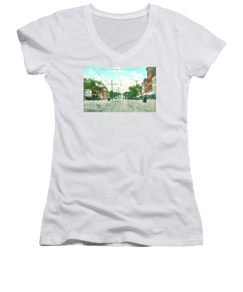 Newburgh Broadway - 09 Women's V-Neck (Athletic Fit)