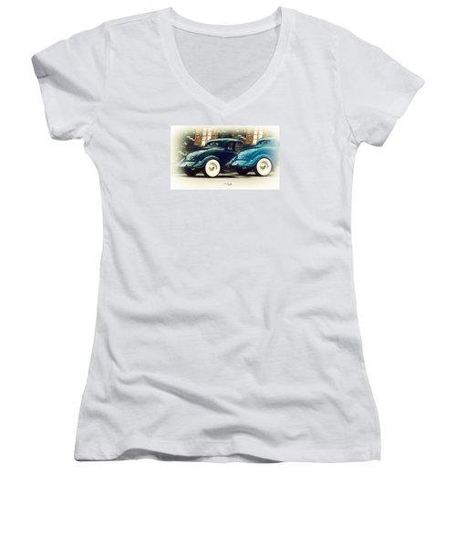 Nice Wheels Women's V-Neck T-Shirt (Junior Cut) by Chris Armytage