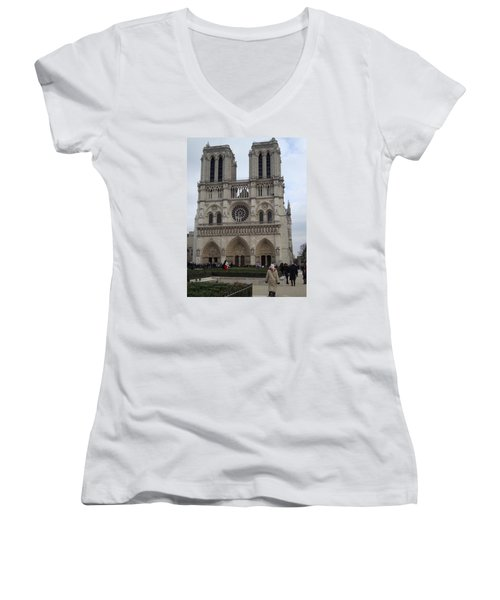 Notre Dame Women's V-Neck T-Shirt (Junior Cut) by Roxy Rich
