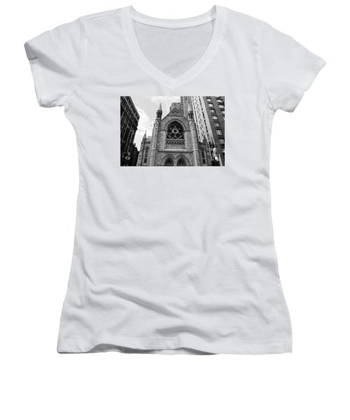 Nyc Holy Trinity Church - Black And White Women's V-Neck (Athletic Fit)