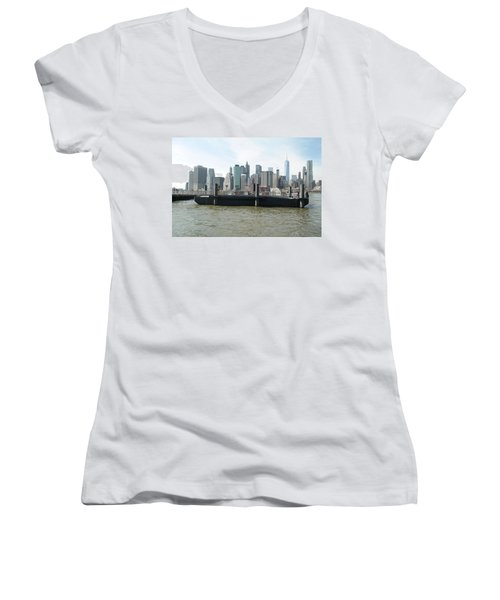 Nyc Skyline Women's V-Neck T-Shirt