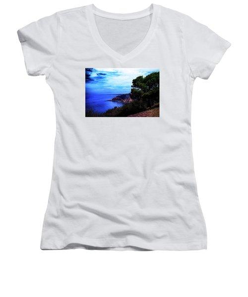 Women's V-Neck T-Shirt (Junior Cut) featuring the photograph Ocean Hill by Joseph Hollingsworth